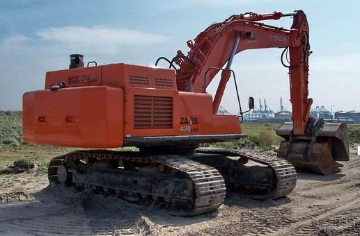 小松PC270-8挖掘机冒蓝烟烧机油,小心你的发动机要报废!
