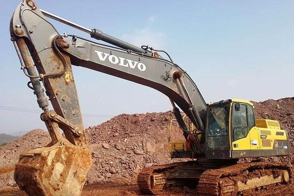 成都小松挖掘机维修厂:小松PC850-8挖掘机整机动作慢怎么回事?