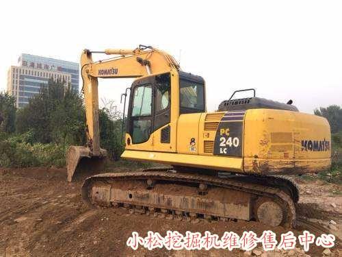 印江县小松PC8000-6挖掘机负荷熄火机油废气大
